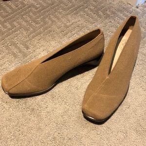 Like New Charleston Shoe Company Shoes